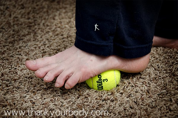 Release tight muscles with a tennis ball. This is good to know.