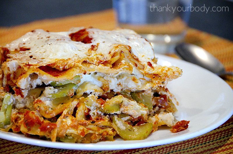 Easy, delicious, crock pot zucchini lasagna!